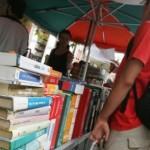 Libri di testo: un inizio terribile per le famiglie