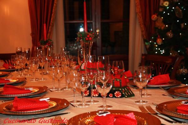 Natale tra sacro e profano l 39 inchiesta sicilia - Decorazioni tavola natale ...