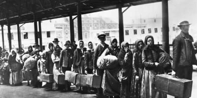 migranti-Ellis-Island-1892