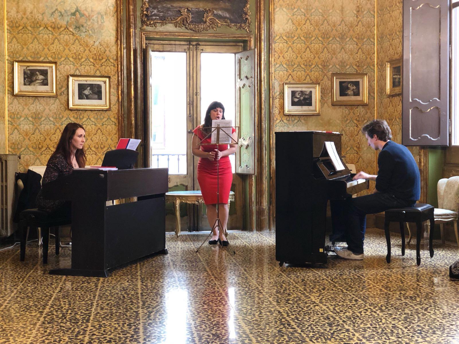 opera studio