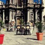 Uncinetto, ferri, lana e cotone: pronte per sferruzzare in piazza?